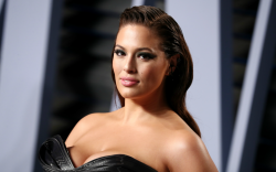 ashley graham, vanity fair oscar party