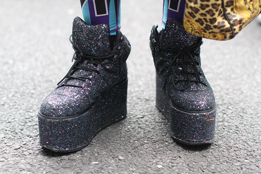 tokyo fashion week, street style, fall 2018, yru glitter platform boots