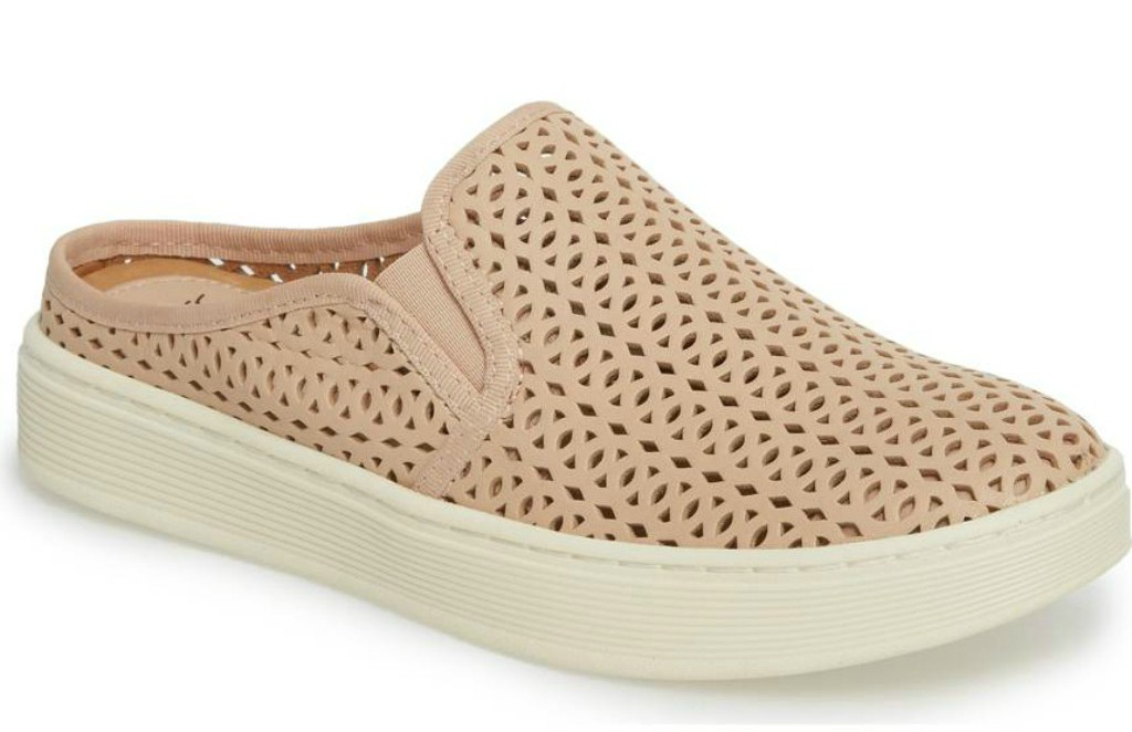 6 Comfortable Shoes for Spring Designed