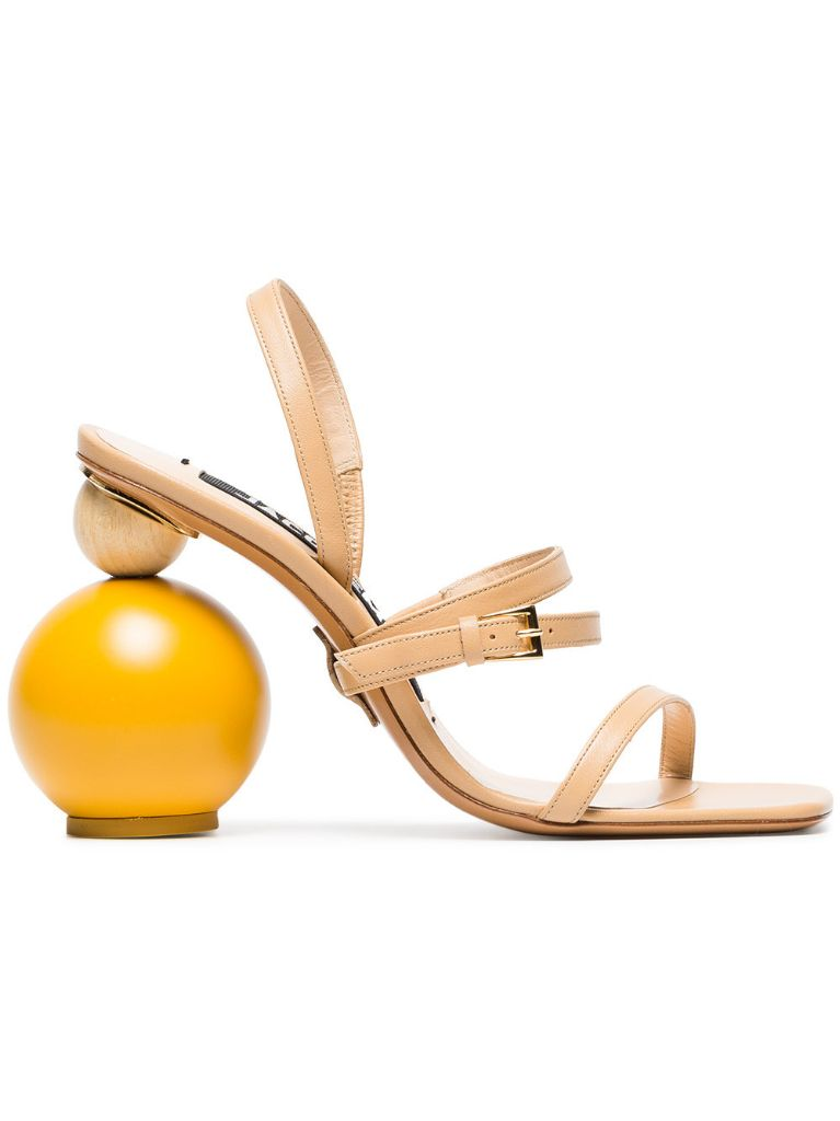 jacquemus-sandals-spring-2018-must-have-shoes