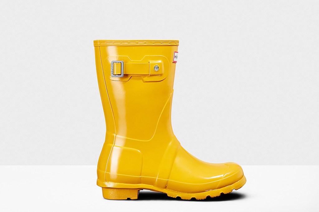 Hunter rain boot coachella 2018 festival fashion