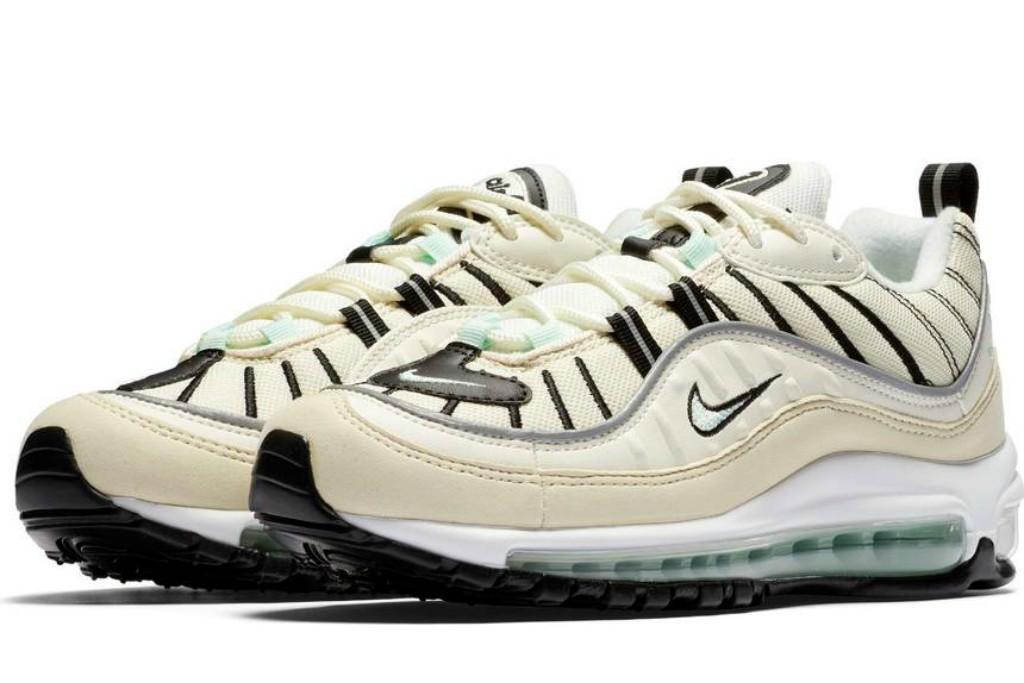Air Max 98 Running Shoe