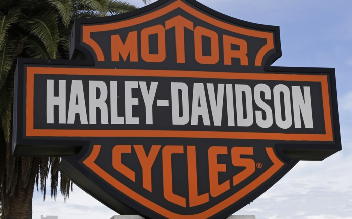 Harley-Davidson sign