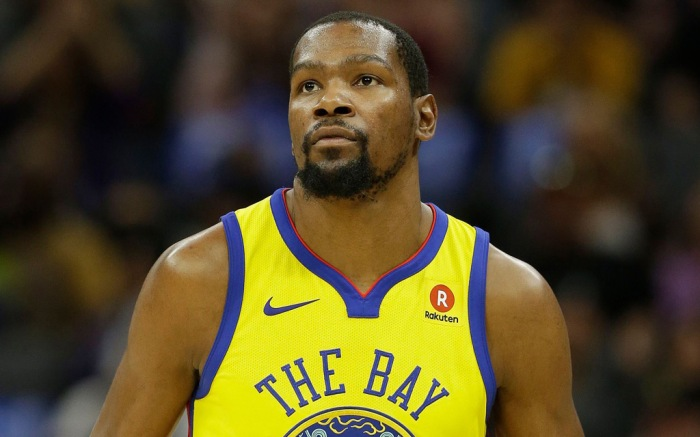 Why Kevin Durant's Nike Sneakers Keep Falling Off ...