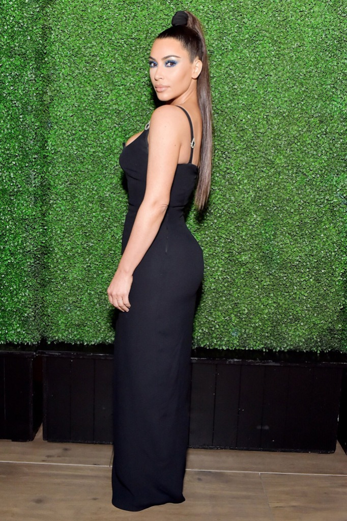 KIm Kardashian, Versace, black dress