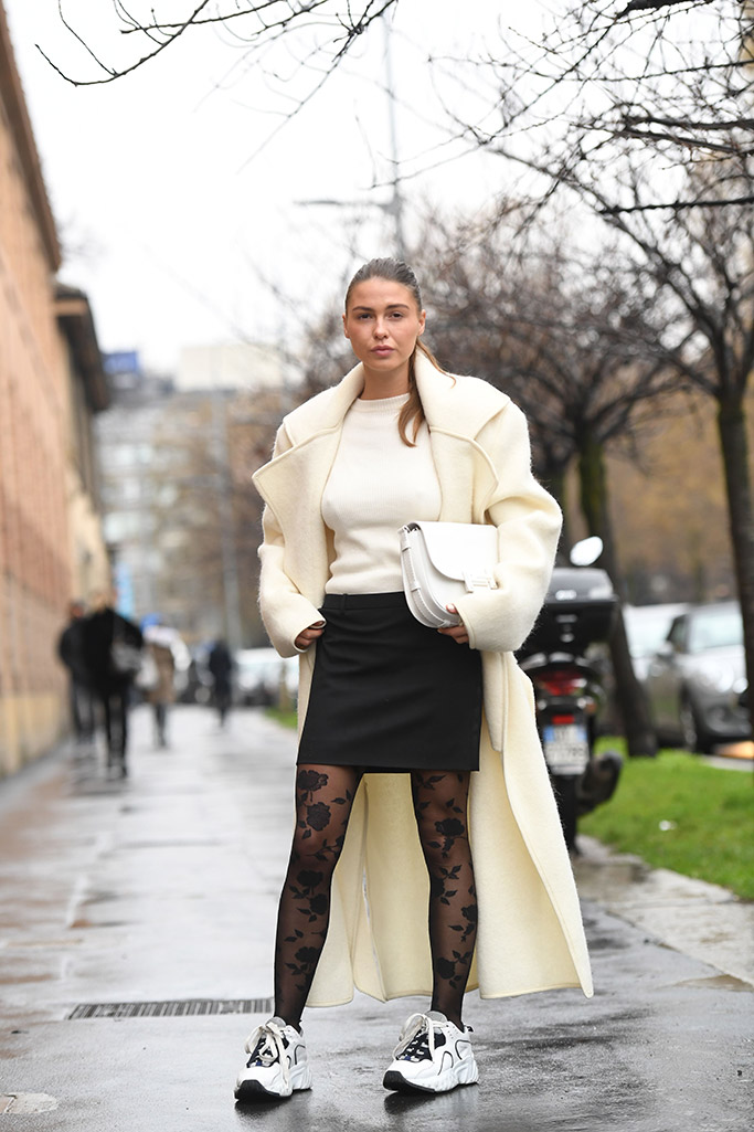 street style, milan fashion week, fall 2018, legwear trend, floral tights