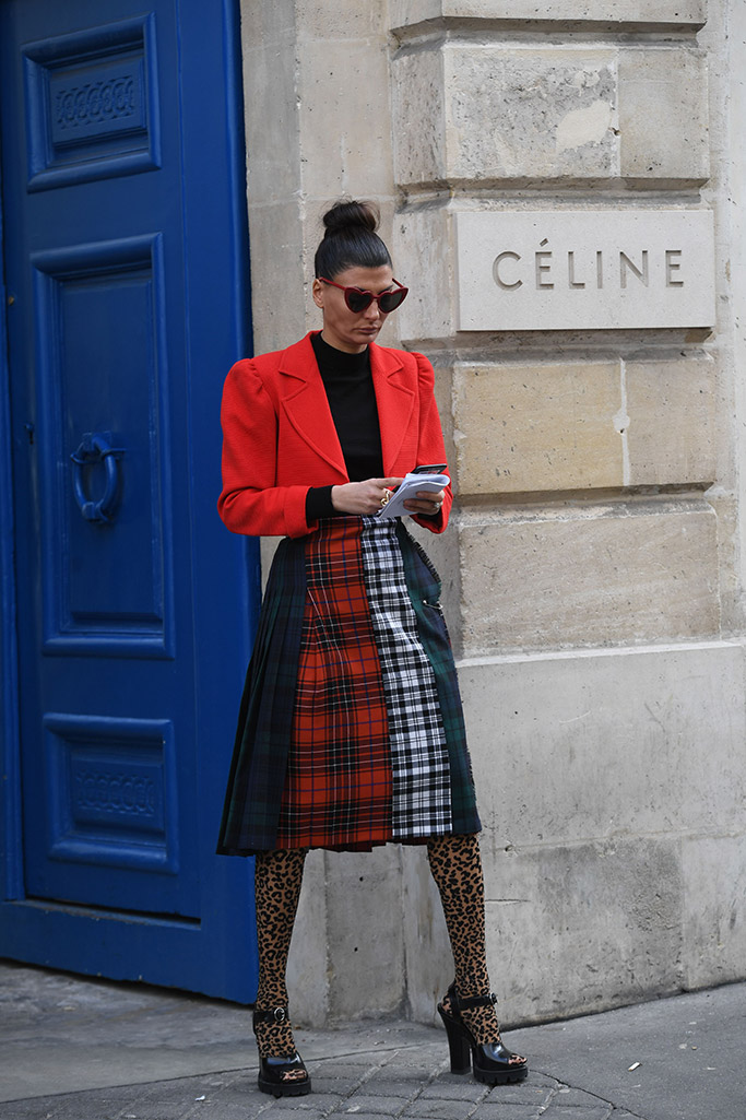 Giovanna Battaglia, street style, paris fashion week, fall 2018, leopard tights, legwear trend