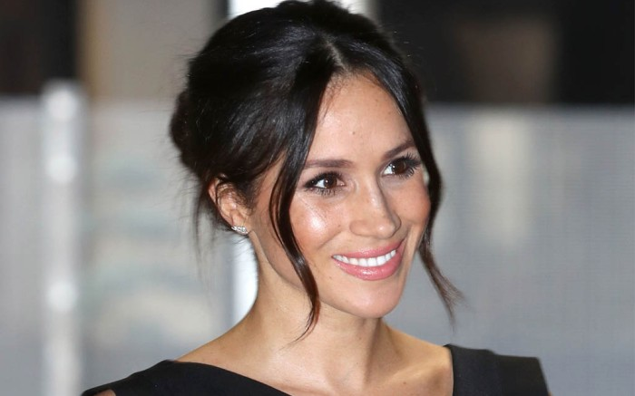 Meghan Markle sleeveless dress