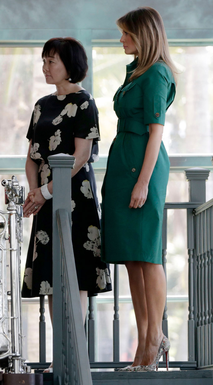 Melania Trump green dress, Akie Abe