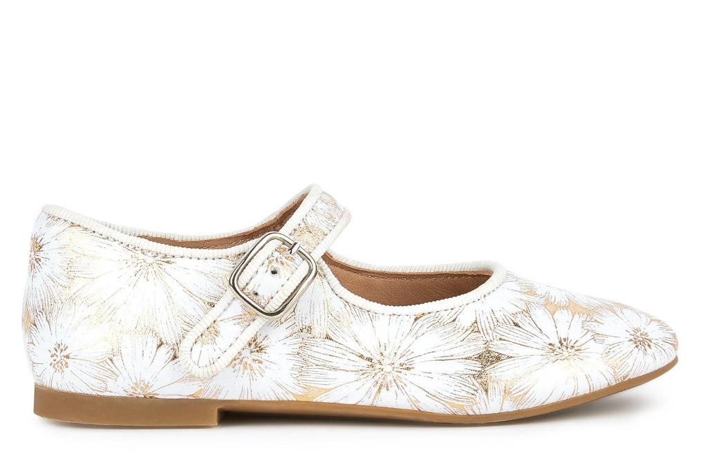 pom-dapi-shoes