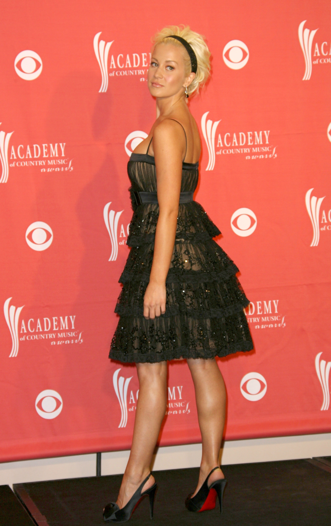 christian louboutin, kellie pickler, academy of country music awards 2008