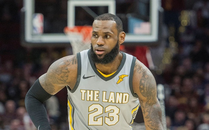 Cleveland Cavaliers' LeBron James (23) plays against the Dallas Mavericks during the first half of an NBA basketball game in ClevelandMavericks Cavaliers Basketball, Cleveland, USA - 01 Apr 2018