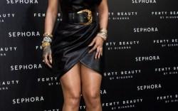 Rihanna, 30