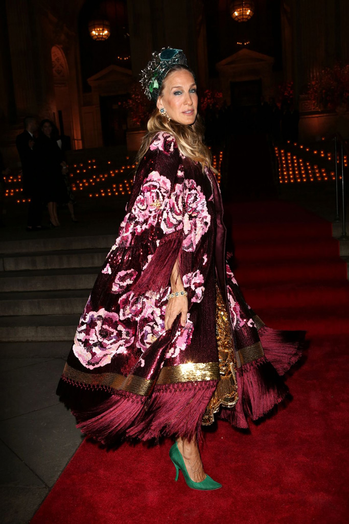 Sarah Jessica Parker wore an Alta Moda corset gown with