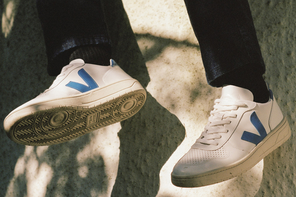 Costoso Suelto mármol  5 Veja Sneakers to Shop for Men and Women That Are Out Right Now – Footwear  News