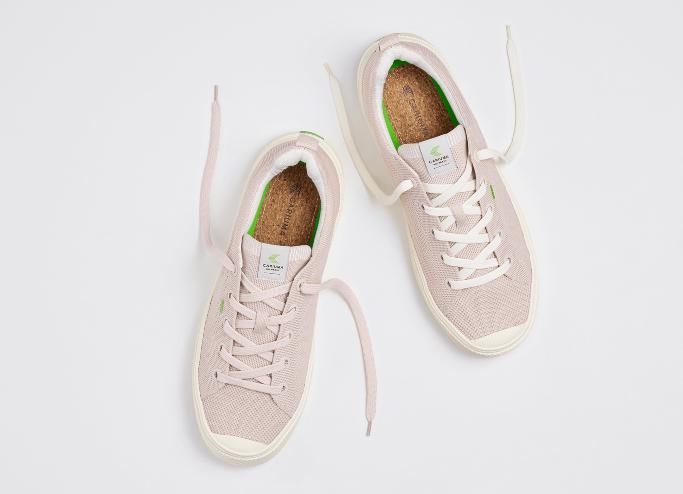 Cariuma IBI Vegan Sneaker