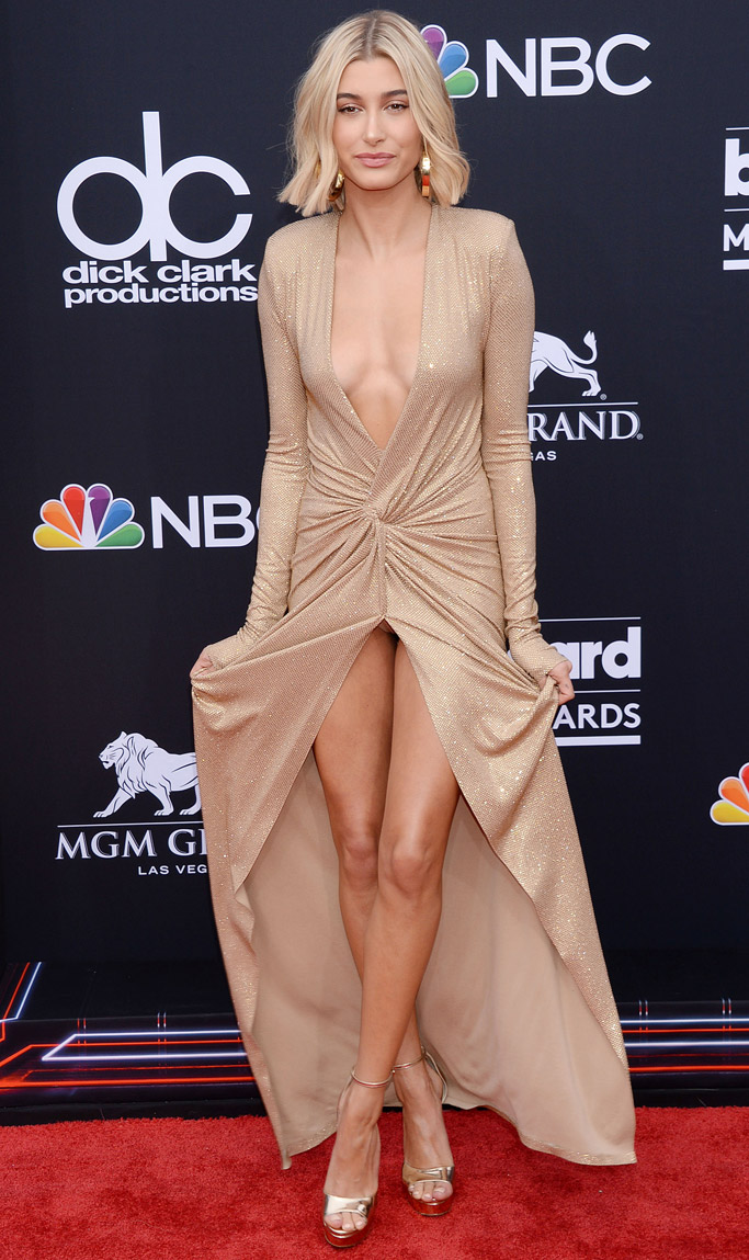 Hailey Baldwin, billboard music awards 2018, red carpet