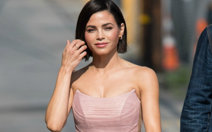 Jenna Dewan donned blush dress for TV show appearance.