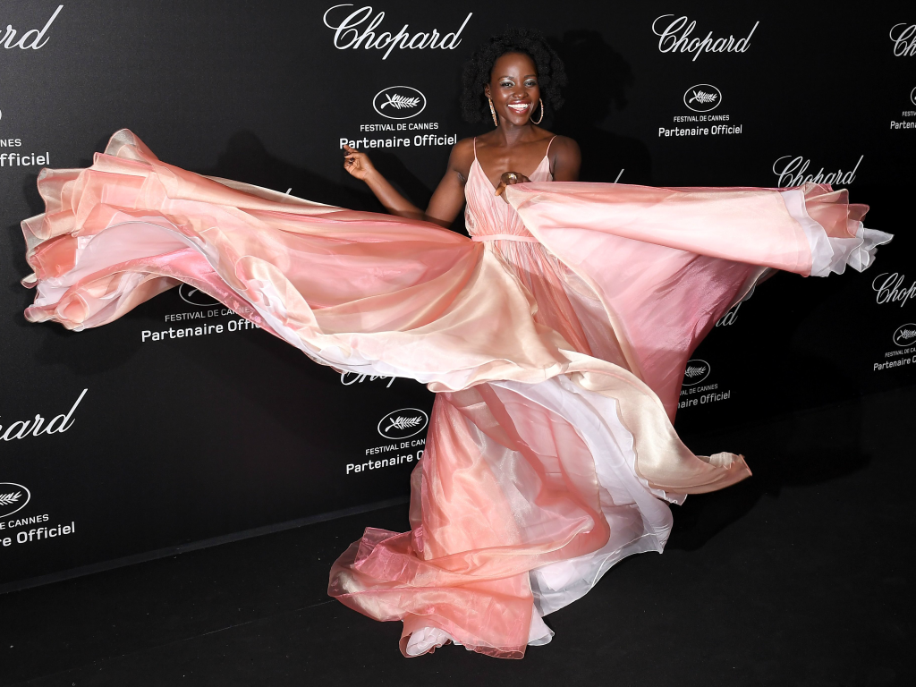cannes film festival 2018, Lupita Nyong'o, twirling in heels, red carpet
