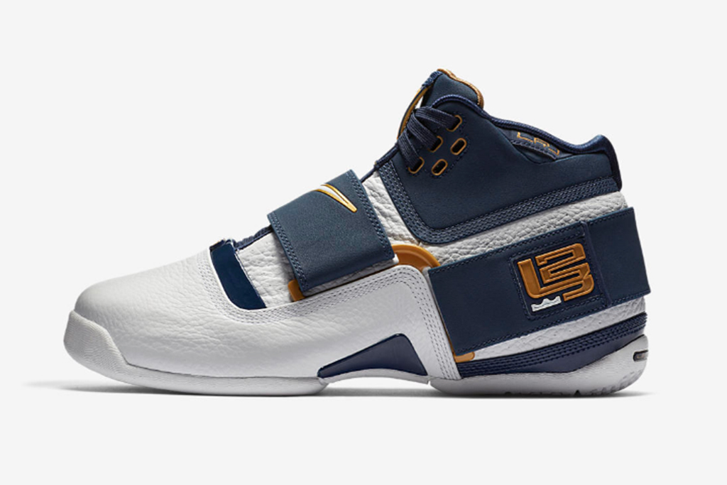 Classic Nike LeBron James Soldier 1s