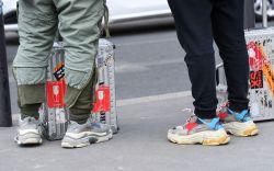 Balenciaga triple s sneakers street style