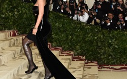 Most Dramatic Entrances on the Stairs of the Met