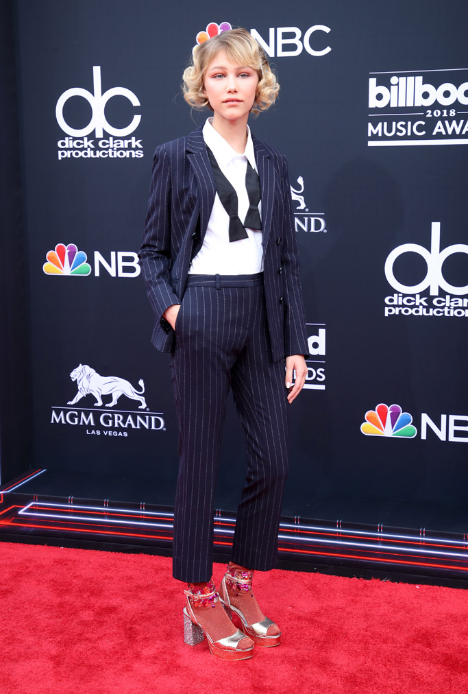 Grace VanderWaal, Billboard Music Awards