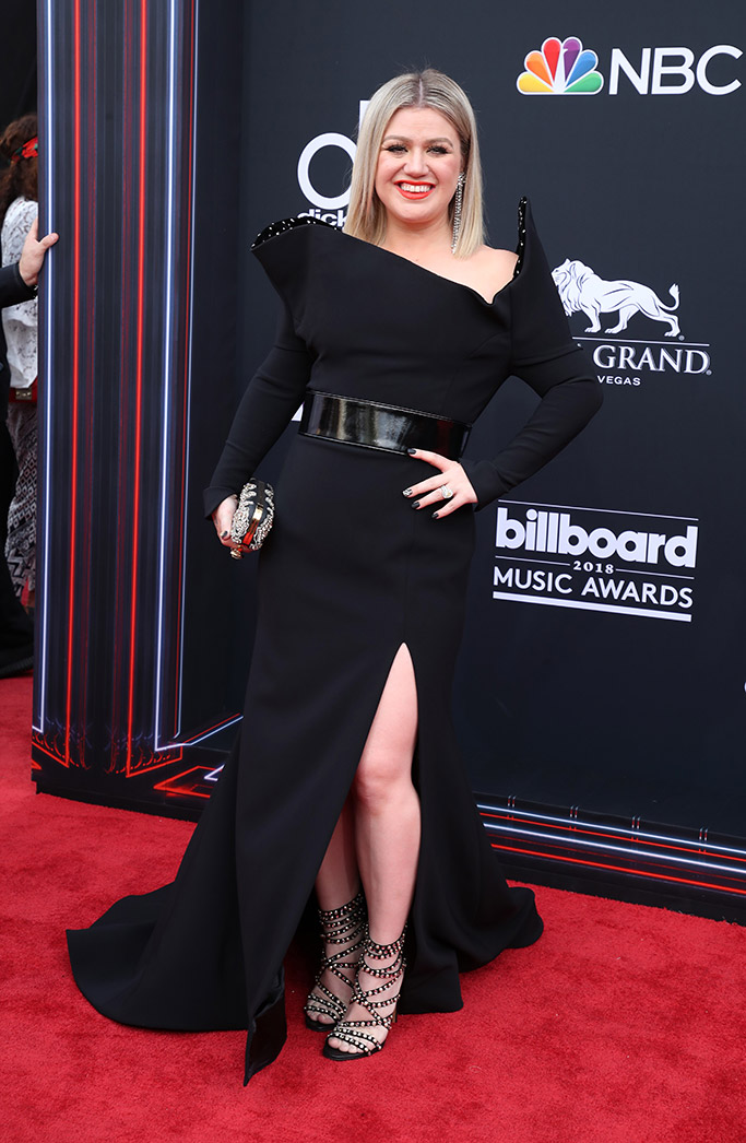 Kelly Clarkson, Billboard Music Awards