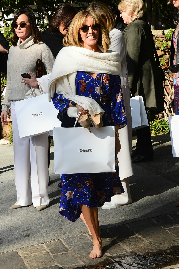 Diane Von Furstenberg Oscar Luncheon, felicity huffman, barefoot