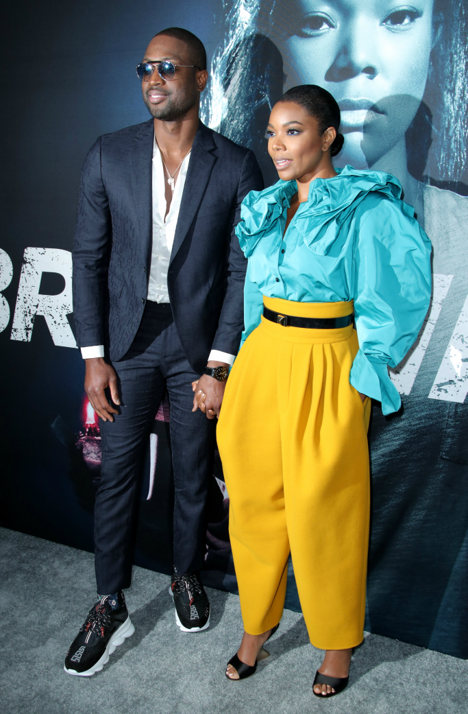 Dwyane Wade, gabrielle union, marc jacobs, versace chain reaction sneakers, red carpet