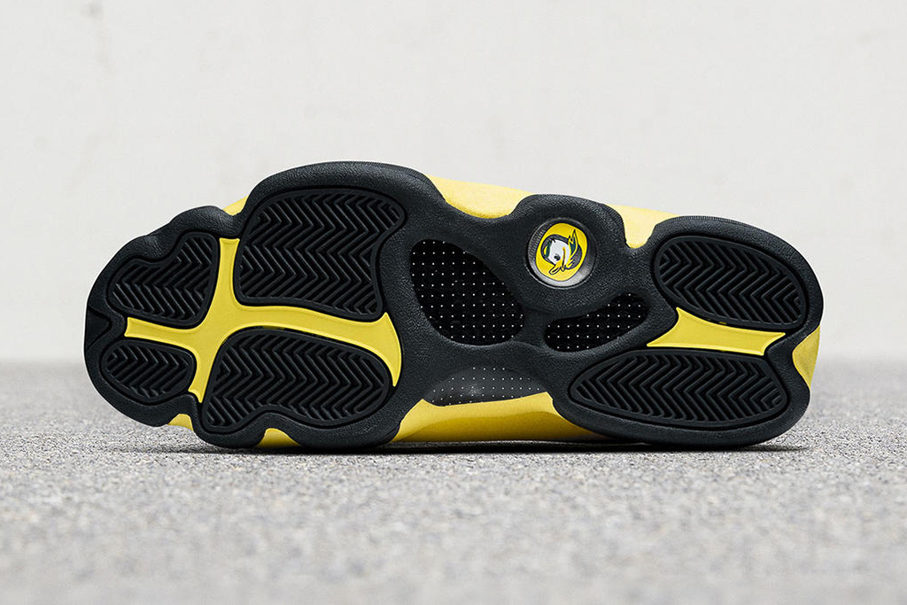 Air Jordan 13 University of Oregon track and field