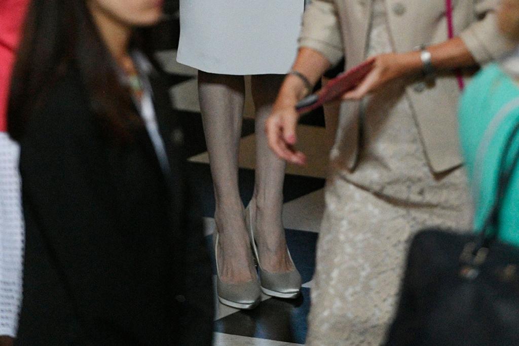 Angelina Jolie, heels