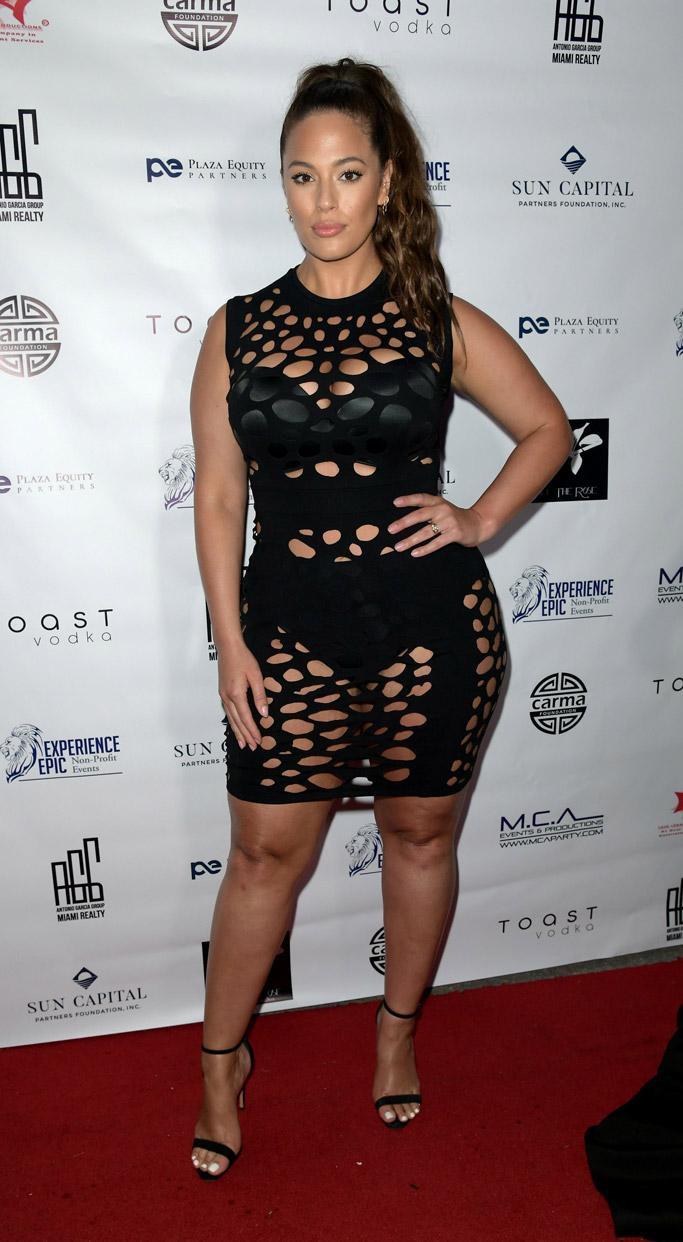 Ashley Graham, black dress, bra, cutouts, black sandals, red carpet