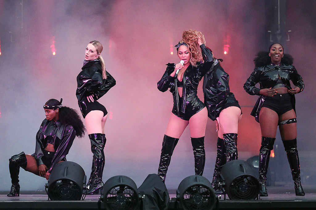 beyonce, on the run II tour, kenneth cole boots