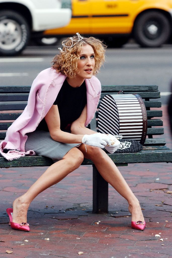 carrie bradshaw sex and the city 20th anniversary shoes fashion icon, pink manolo blahnik mules