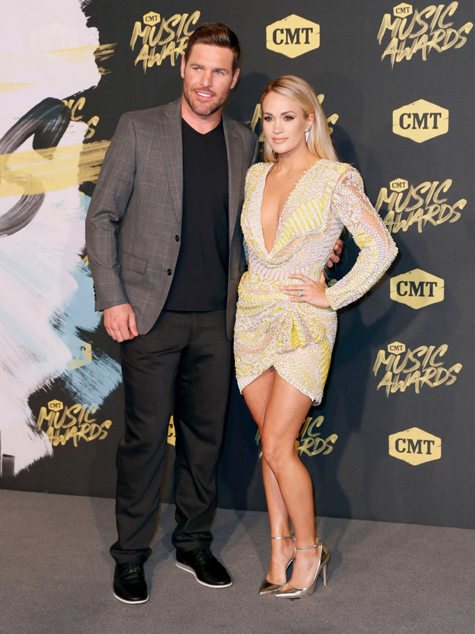 Mike Fisher and Carrie Underwood, cmt awards 2018, red carpet
