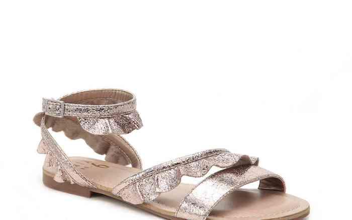 DSW Mix No. 6 Ruffle Flat Sandal