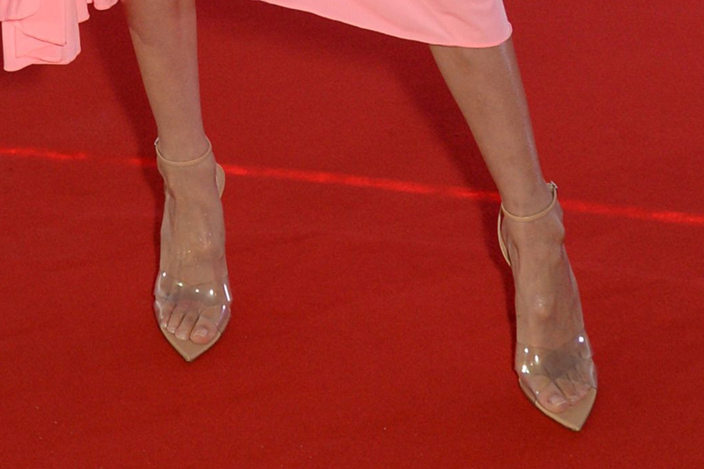 gigi hadid, gianvito rossi sandals, see through, clear shoe trend