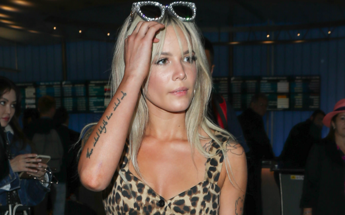 Halsey makes it out of the LAX international airport.