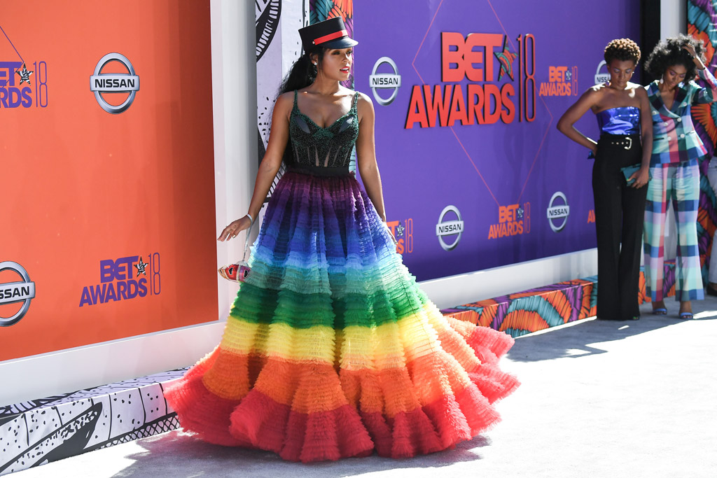 Janelle Monae, rainbow dress, bet awards red carpet 2018