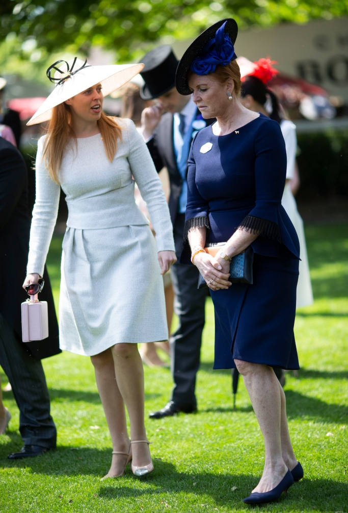 sarah ferguson duchess of york, princess beatrice, royal ascot