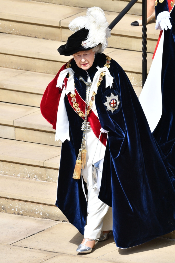 queen elizabeth II, Order of the Garter service
