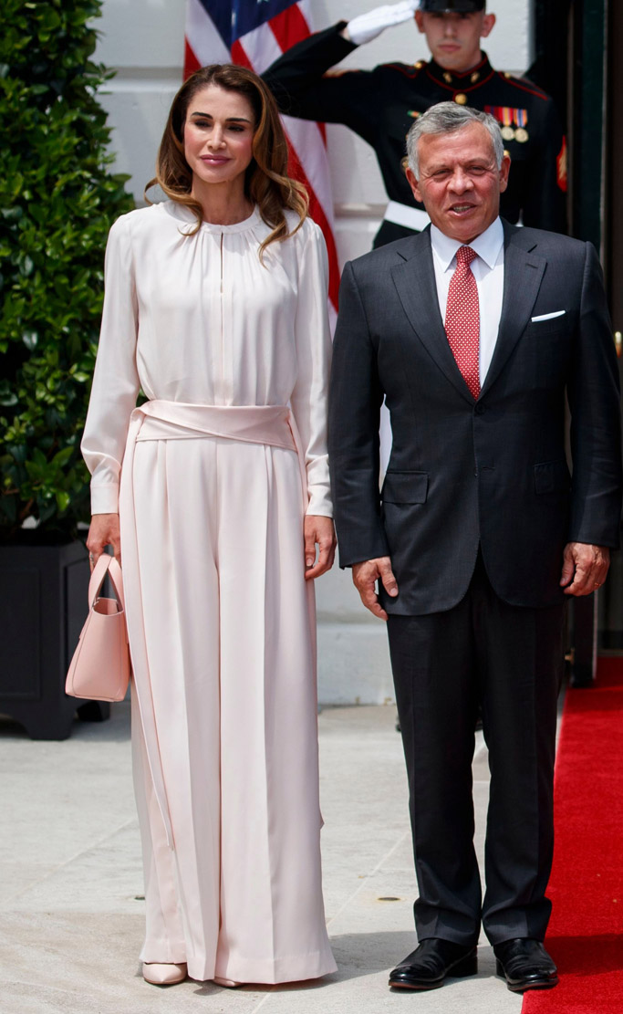 Queen Rania pink dress, King Abdullah II