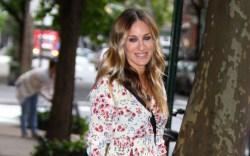 Sarah Jessica Parker, heels, floral dress