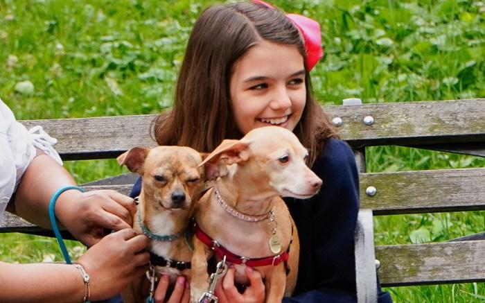 suri cruise 2018 dogs new york park katie holmes tom cruise