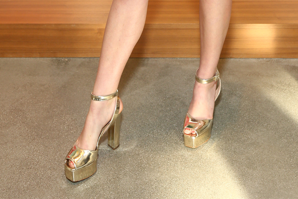 Willow Shields, giuseppe zanotti, gold heels, metallic