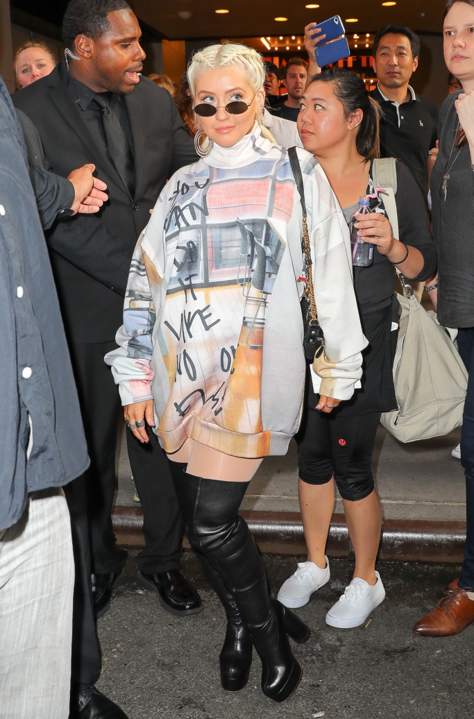 Christina Aguilera, vetements thigh high platform boots, jennifer fisher off-white earrings, Marques'almeida Fall 2018, le specs