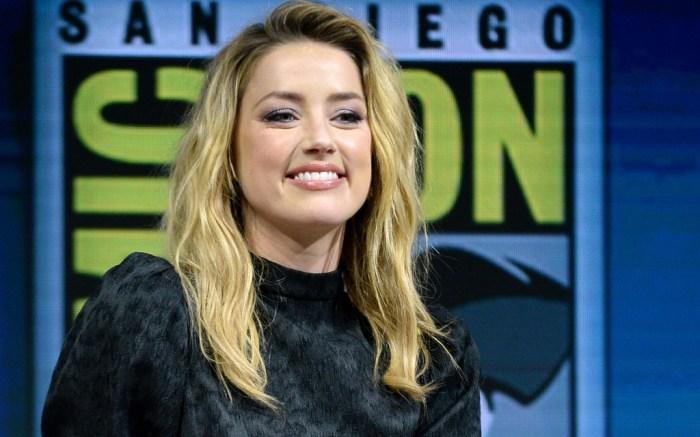 Amber Heard, Comic-Con, San Diego, California, Minidress, High Heels