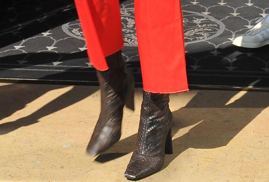 kendall jenner, yeezy snake effect calf boots