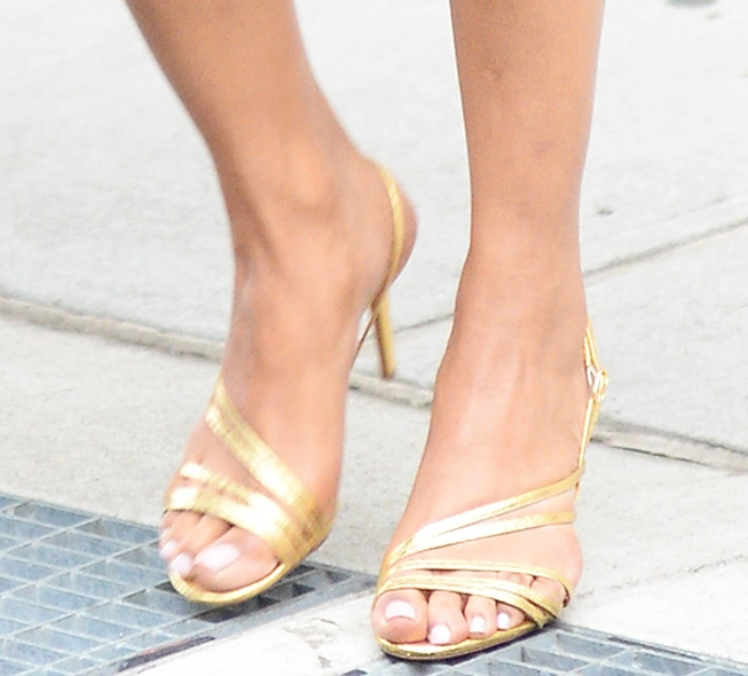 priyanka chopra gold sandals, feet, shoes